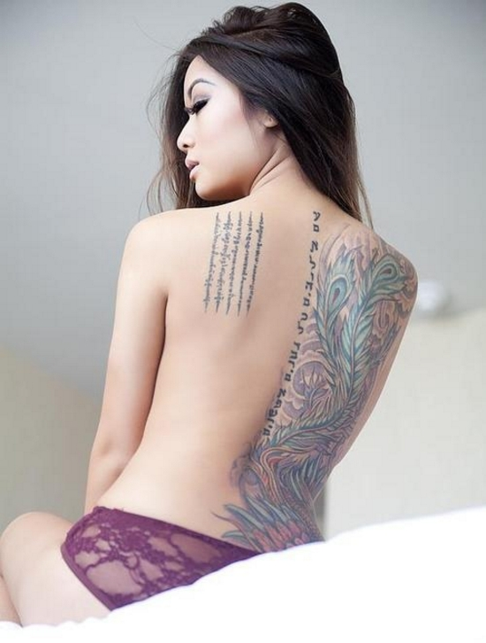 The official hot chicks with tattoos thread for Hot female back tattoos