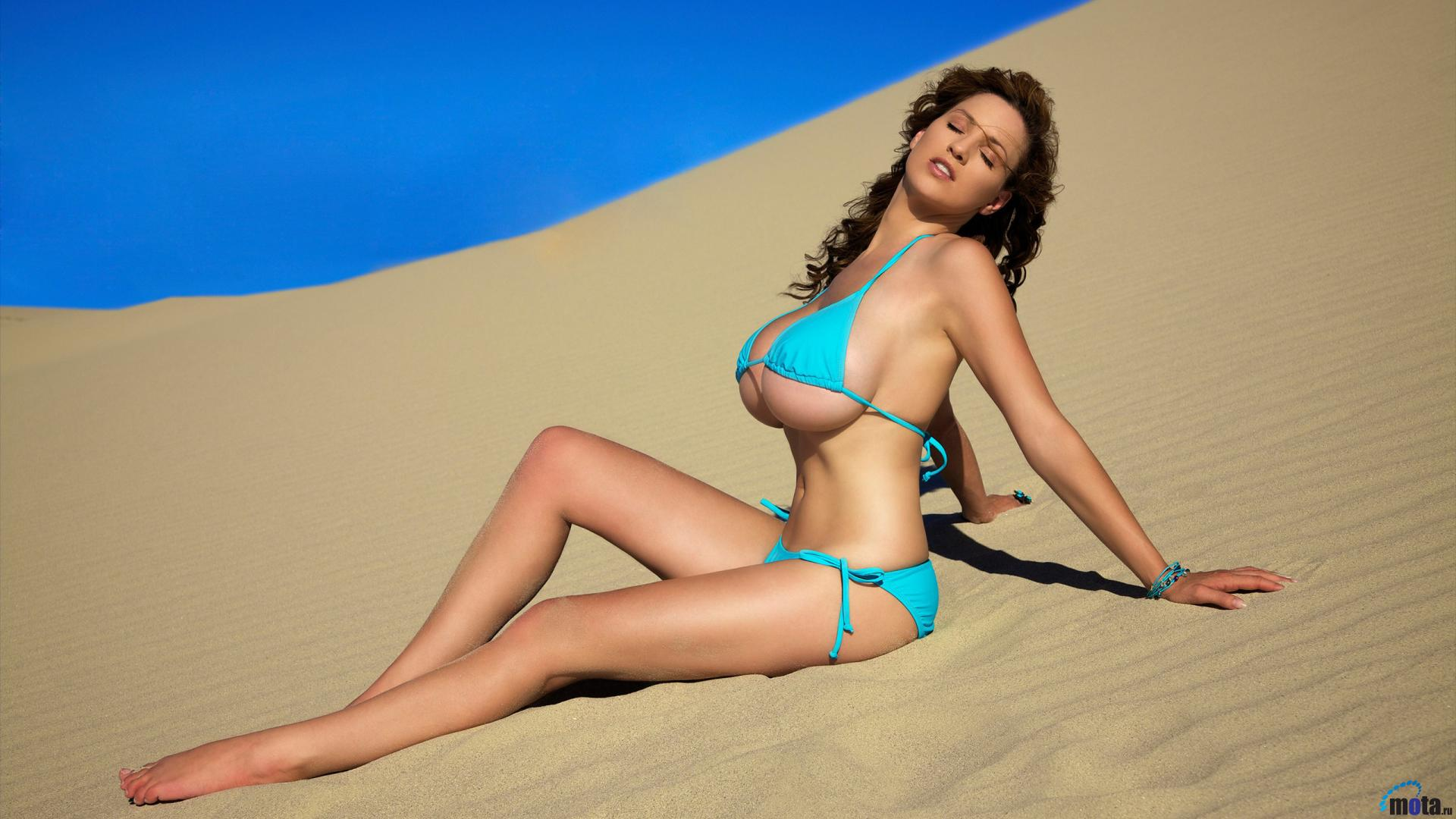 Секс в пустыне онлайн 3 фотография