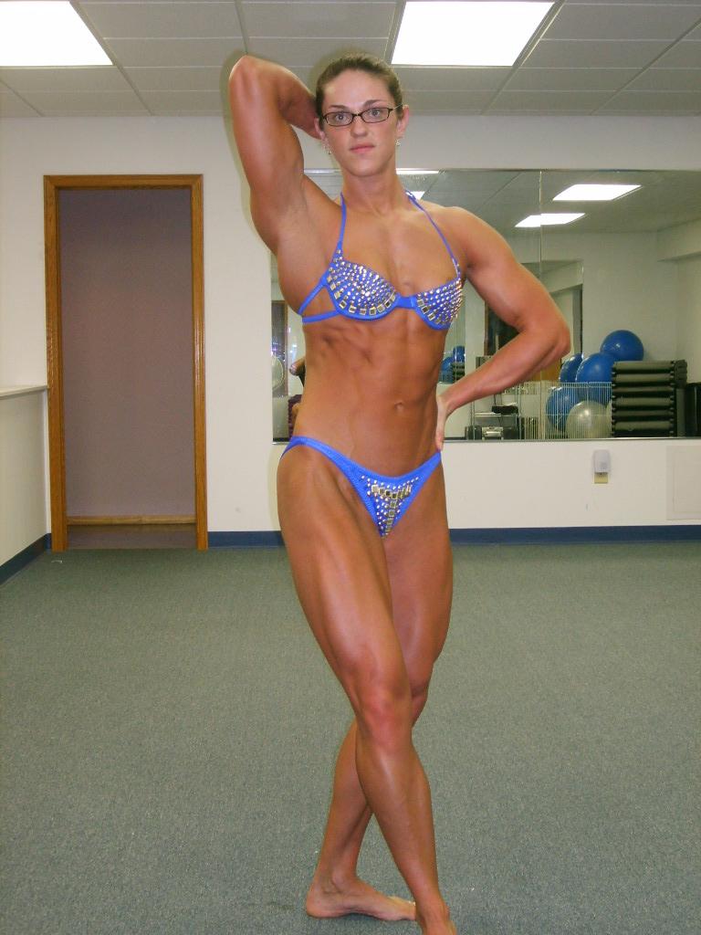 Female Bodybuilder 2 Days Out-4867