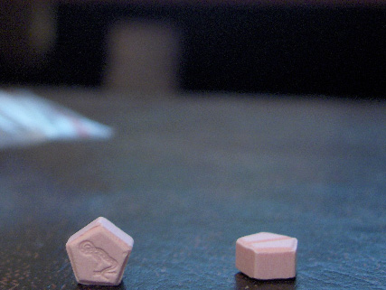 dianabol 5mg tablets (some with faded snake)
